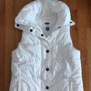 Old navy white puffer vest xs